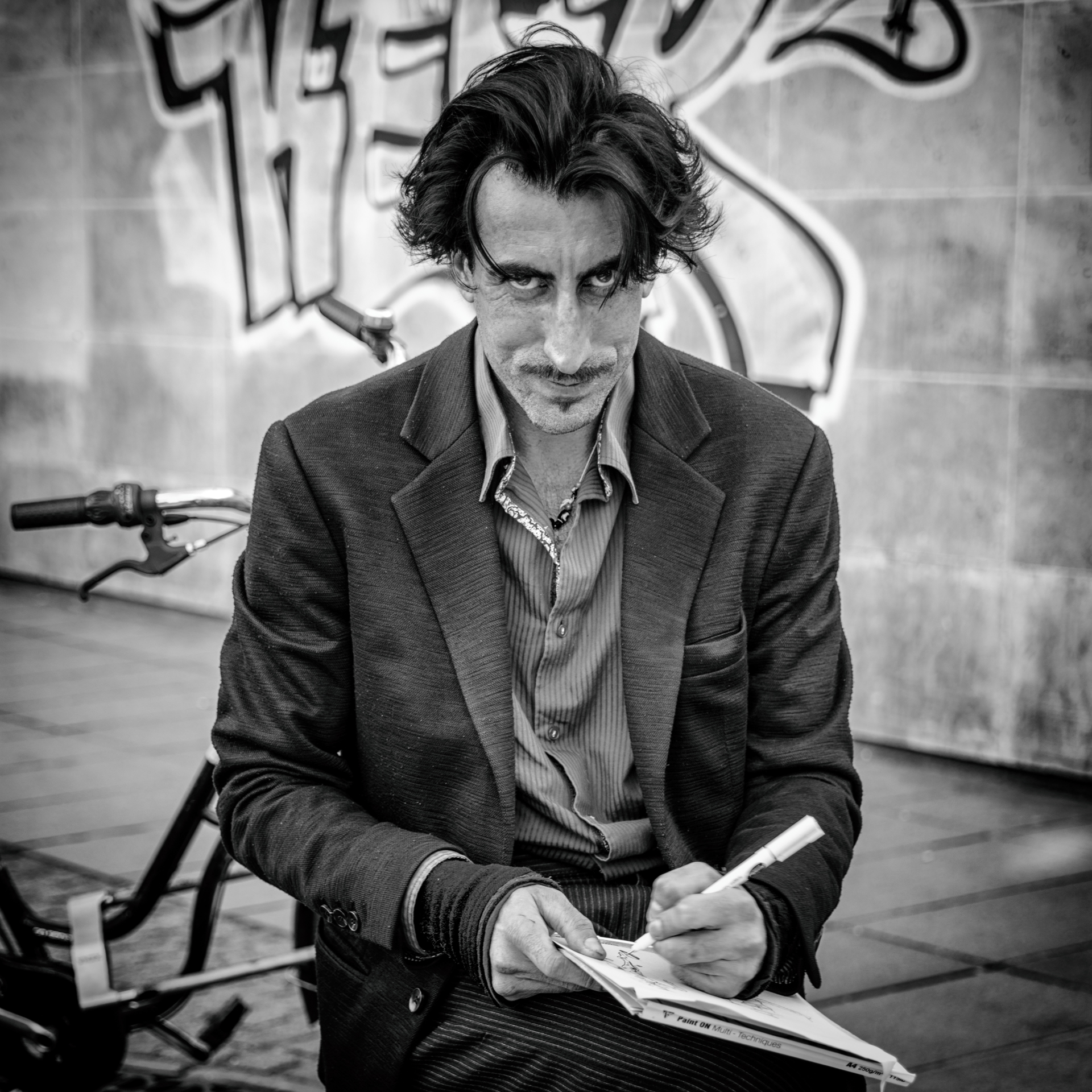 Street photography - L'artiste en n&b